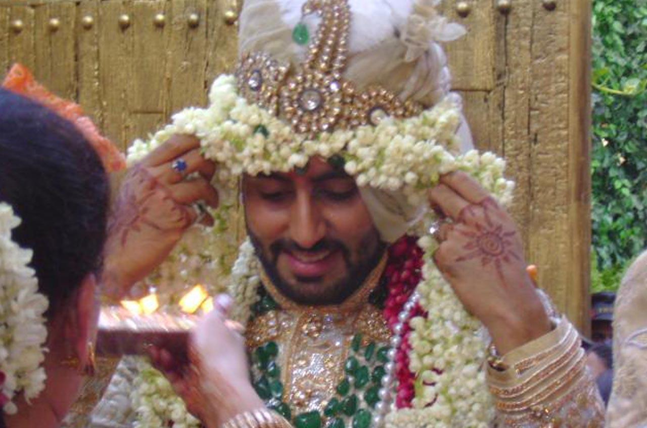 Aishwarya and abhishek wedding photos.