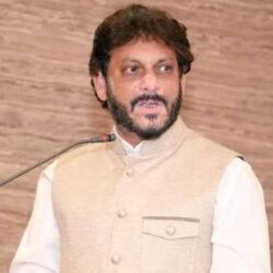 15 crore Muslims can dominate over 100 crore Hindus: Waris Pathan.