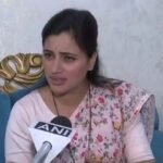 Navneet Rana raised Sachin Vaze case in Lok Sabha, and Shiv Sena MP threatened her.
