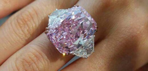 Pink Diamond breaks record; Sold for Rs 213 crore !!