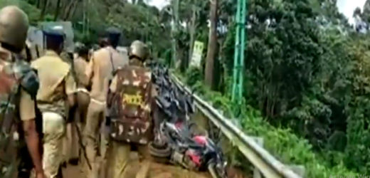 Kerala police vandalise devotees' parked vehicles near Sabarimala.